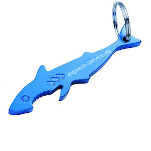 zakázková výroba kovových přívěsků na klíče s potiskem